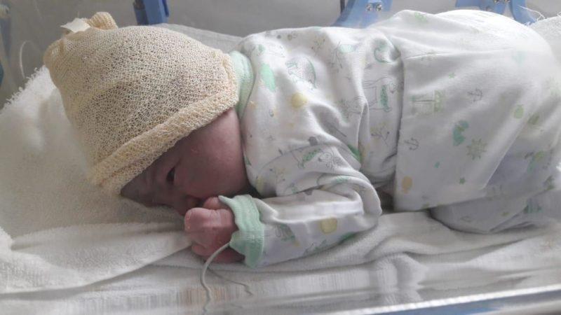 Fue en la vía pública – Policías parteros ayudaron a dar a luz a una mamá en San Miguel