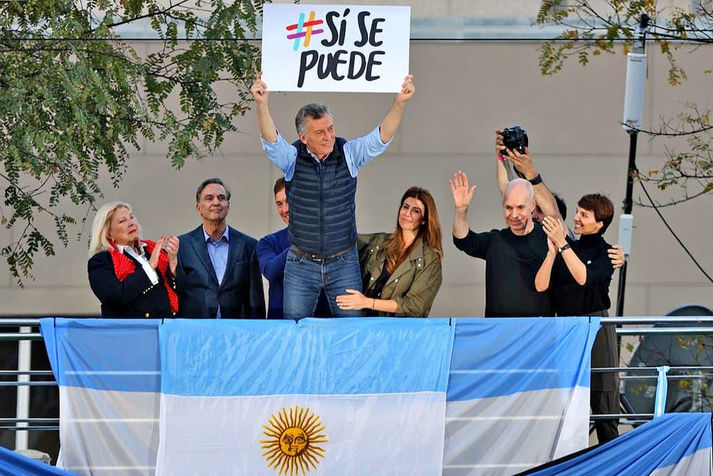 Mauricio Macri relanzó su campaña en la primera marcha del «Sí se puede»