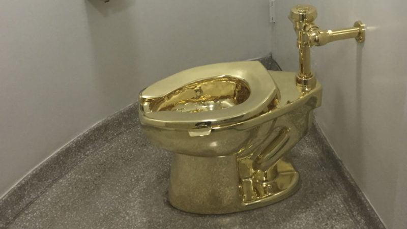 Se robaron un inodoro de oro macizo del palacio en el que nació Winston Churchill