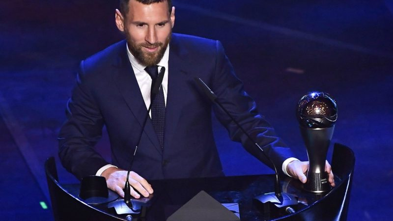 El astro Lionel Messi recibió el premio The Best al mejor jugador del año