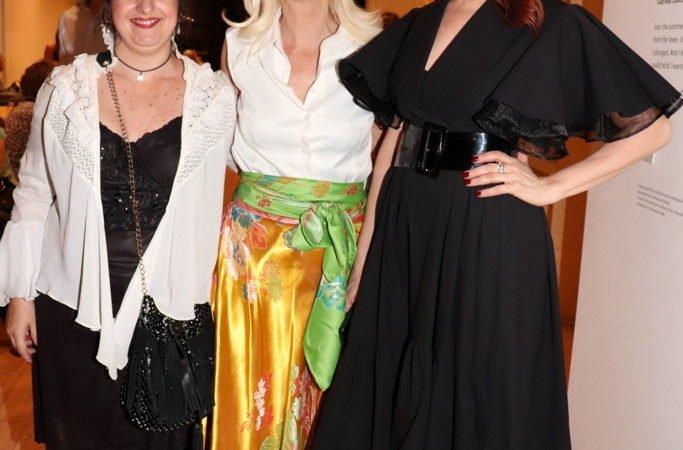 Valeria Simon, Bettina Sack y Matilda Blanco en el Museo de Arte Moderno de Buenos Aires