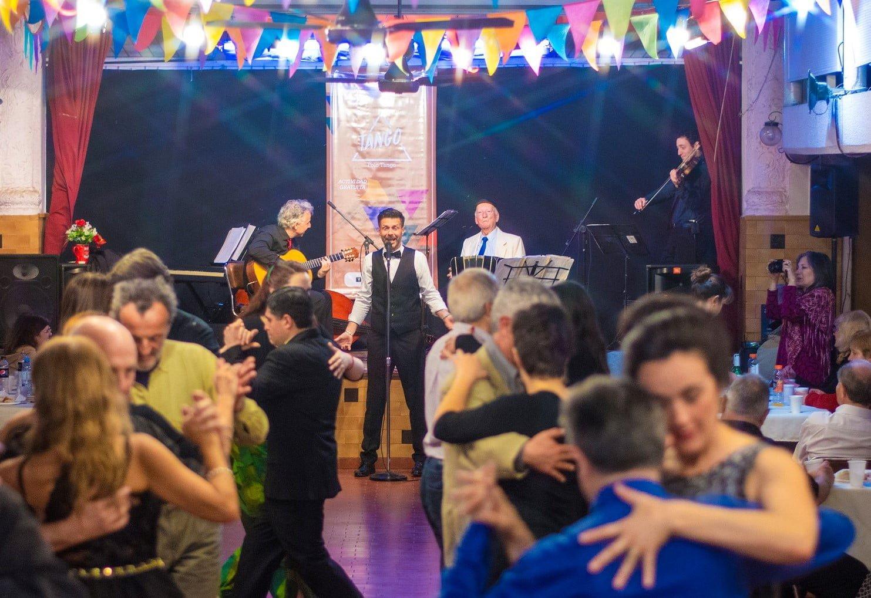 Barrios Creativos: Santa Mitre y Frontera Oeste despiden el año con grandes festejos