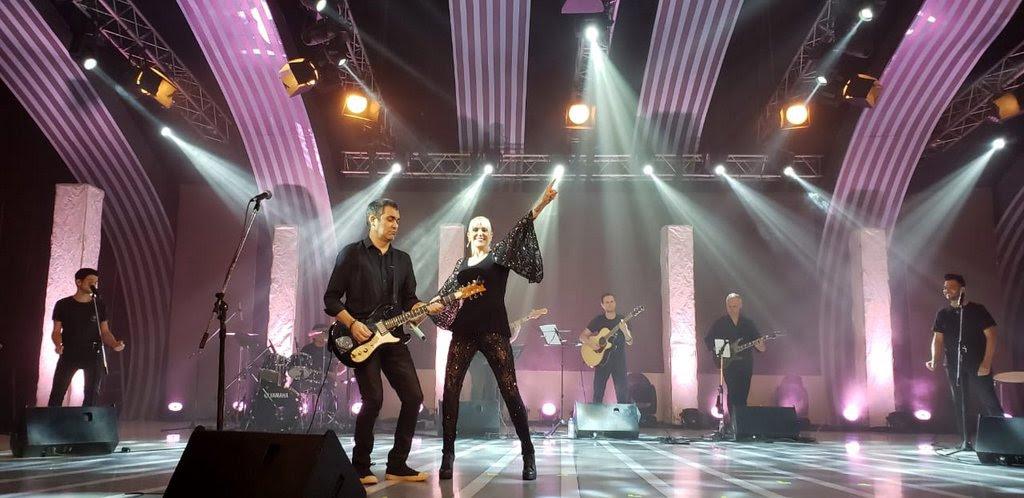 Valeria Lynch realizó ayer a las 21 su show de streaming «Imparable» ante 7.548 personas