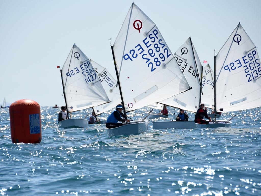 Habilitan actividades náuticas deportivas y de vuelo libre sin motor en la provincia de Buenos Aires